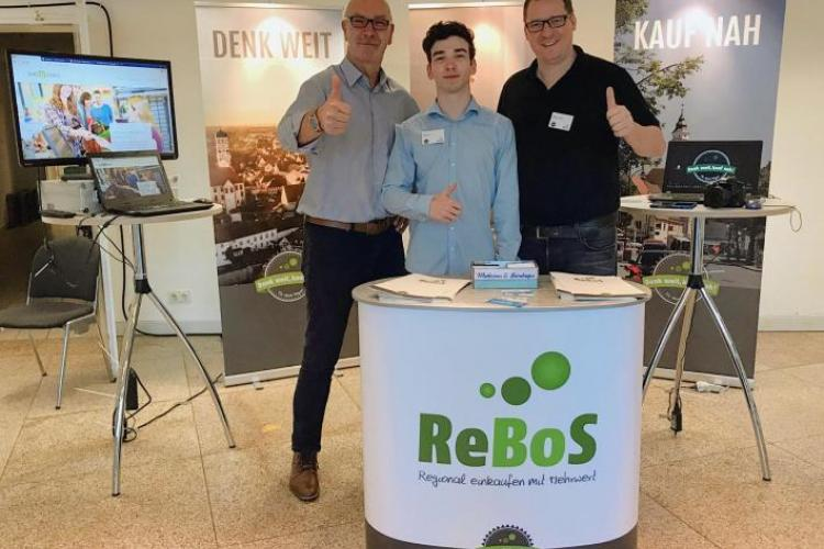 Michael, Luca und Hendrik am Messestand